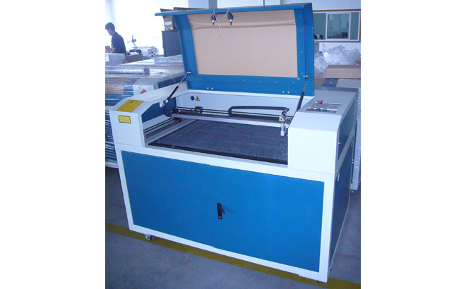 ENGRAVING AND CUTTING MACHINES